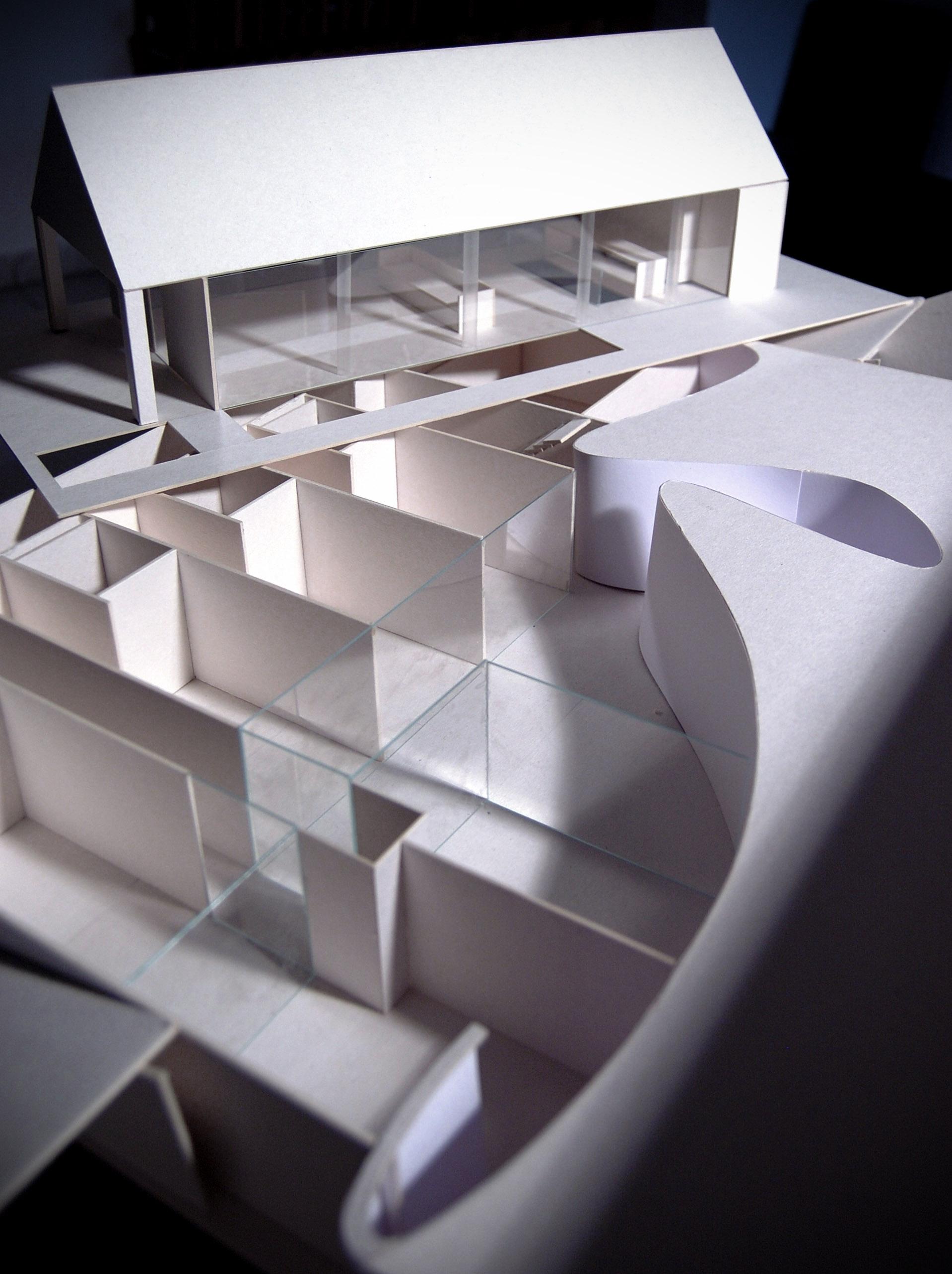 White & Brutal - model 1